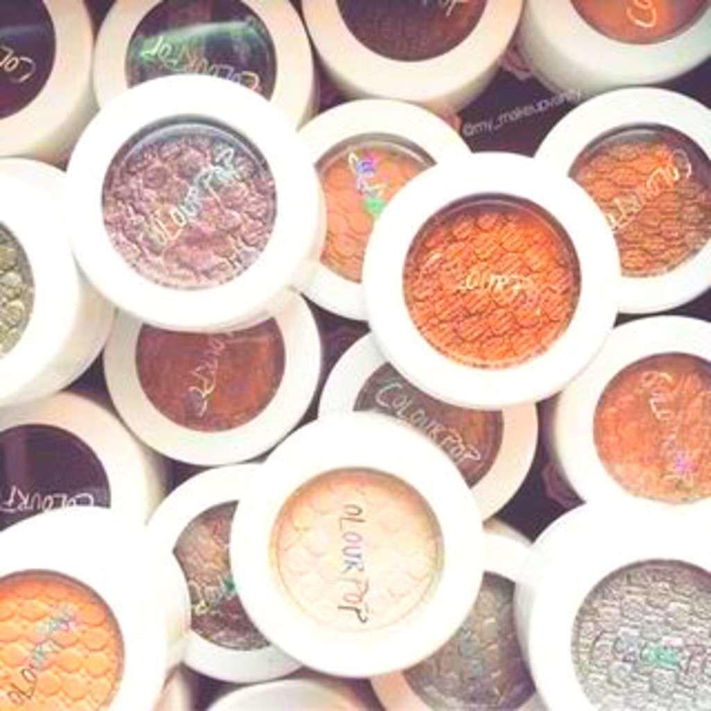 ColourPop(カラーポップ)