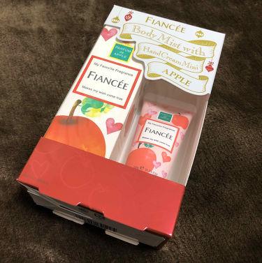 ボディミスト 恋りんごの香り ハンドミニコフレ/フィアンセ/香水(レディース)を使ったクチコミ(1枚目)