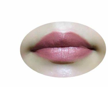 【画像付きクチコミ】唇輪郭ボヤボヤババアの私にはリップライナーは必須。。プチプラだけど、スルスルなめらかに描けてもちがいい。人気の01はナチュラルなピンクで自分の唇と一体化する人も多いんじゃないかな。私の唇では少し青みの発色をしてエモさが出る。可愛いので...