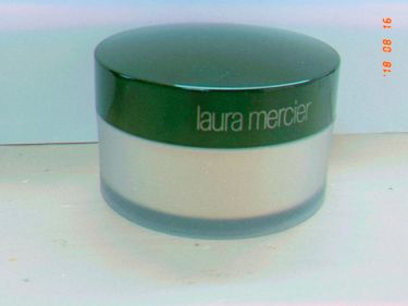 ルースセッティングパウダー/laura mercier/ルースパウダーを使ったクチコミ(1枚目)