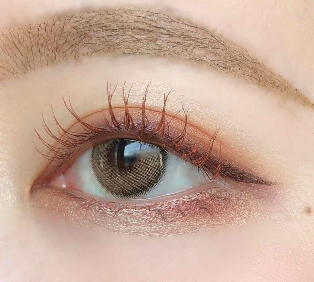 【目の形別】アーモンドアイメイクのやり方|特徴をつかんで誰でも美人顔にのサムネイル