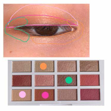 眼癮狂12色眼彩盤/1028/パウダーアイシャドウを使ったクチコミ(2枚目)