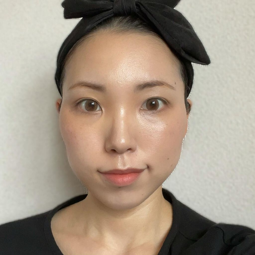 https://cdn.lipscosme.com/image/0744c12aefd26991af2bc9fe-1621435841-thumb.png