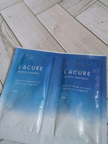 【画像付きクチコミ】ご紹介する商品はこちらです。『L'ACUREスムースシャンプー/スムーストリートメント』うるおいキープするプロ発想の新処方ウォーターリテンション処方・水分を与える電解還元性イオン水・うるおいを保つコラーゲンピュアフローラルサボンの香り...