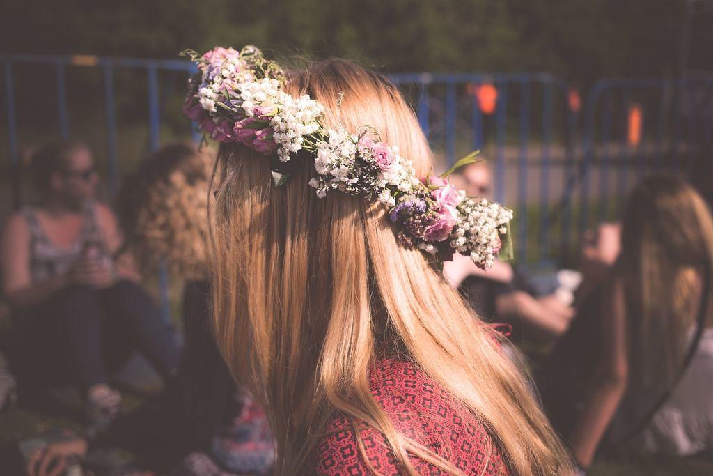 髪が絡まらない魔法のブラシでサラ髪を手に入れろ!