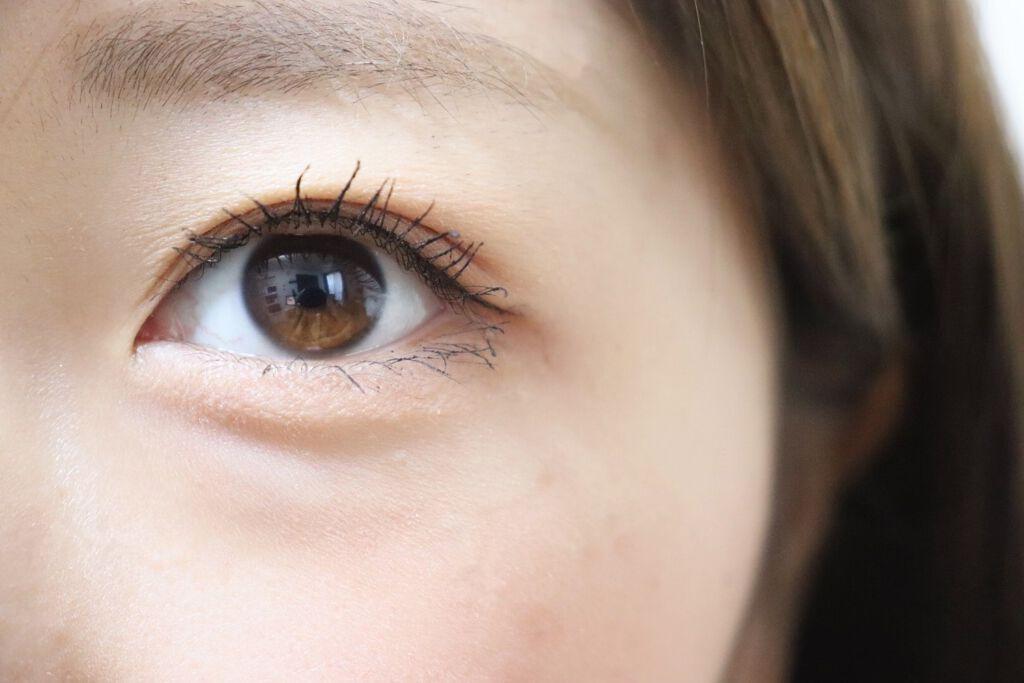 【目の周りの乾燥】原因と対策法を解説!ニベア・ワセリンなどおすすめの人気クリームものサムネイル