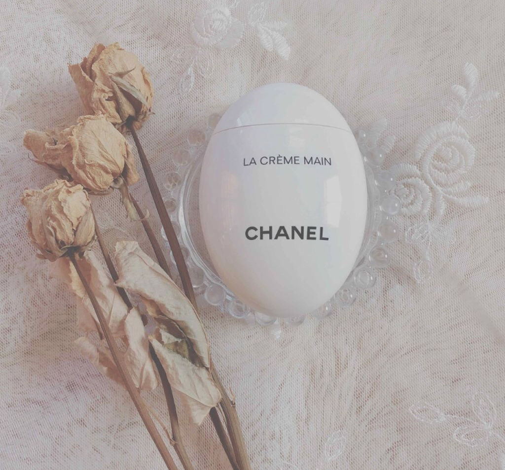しっとりふっくらな手指で乾燥知らず♡香りが魅力的なハンドクリームでケアしよう!のサムネイル