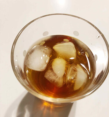 """【画像付きクチコミ】お腹スッキリさせるために、カイテキどかスリム茶飲んでます😆前に「カイテキオリゴ」を飲んだ事があるんですけど、カイテキオリゴは""""腸内の善玉菌をを増やして、体質改善させるもの""""で、カイテキどかスリム茶は、"""".腸に水分を..."""