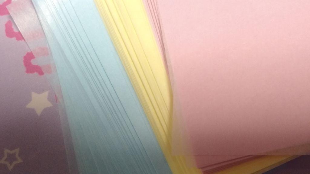 DAISO吸油面紙彩藍黃紅三色