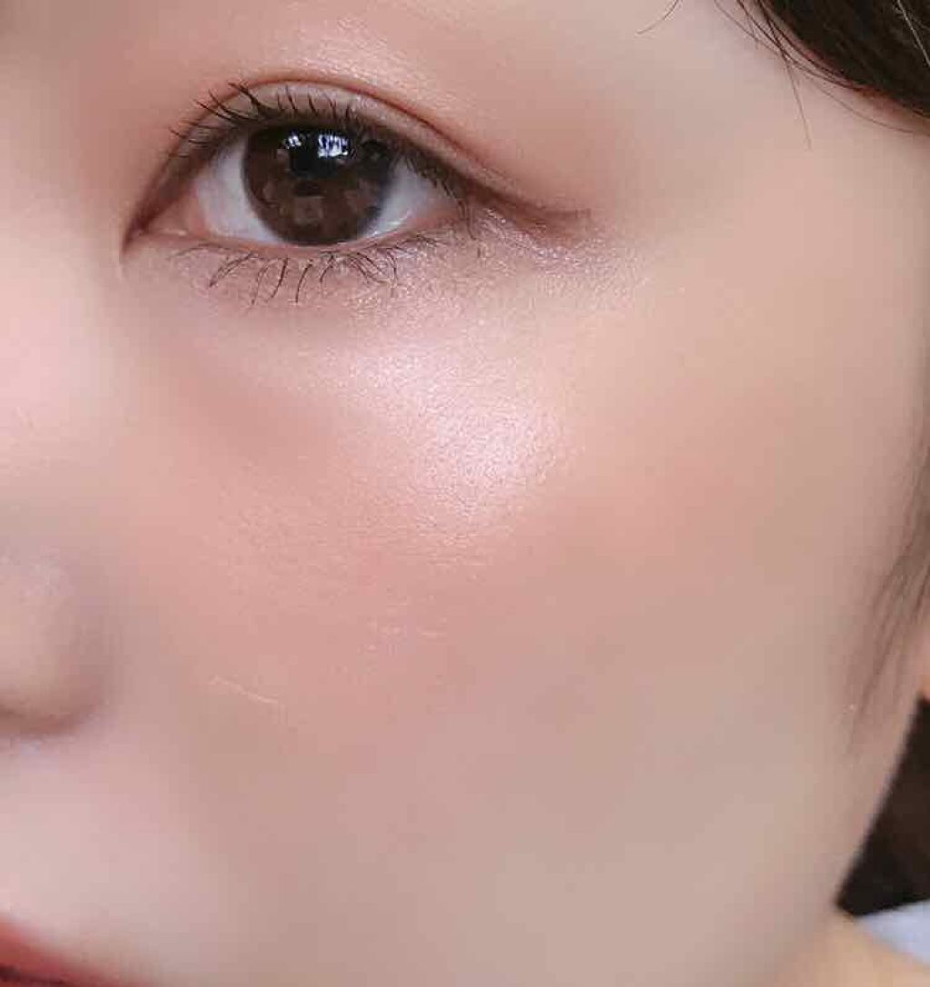 https://cdn.lipscosme.com/image/6891d68e5ac37ee817db52e7-1567417104-thumb.png