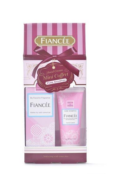 フィアンセ公式アカウントさんの「フィアンセボディミスト ピュアシャンプーの香り<香水(レディース)>」を含むクチコミ