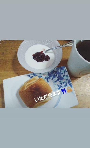 あぁや♪ on LIPS 「【朝食】全貌とる前にパンとヨーグルト食べ終わってた😱ので残って..」(2枚目)