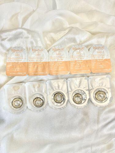 フラワーアイズ ワンデー/株式会社ビューフロンティア/カラーコンタクトレンズを使ったクチコミ(2枚目)