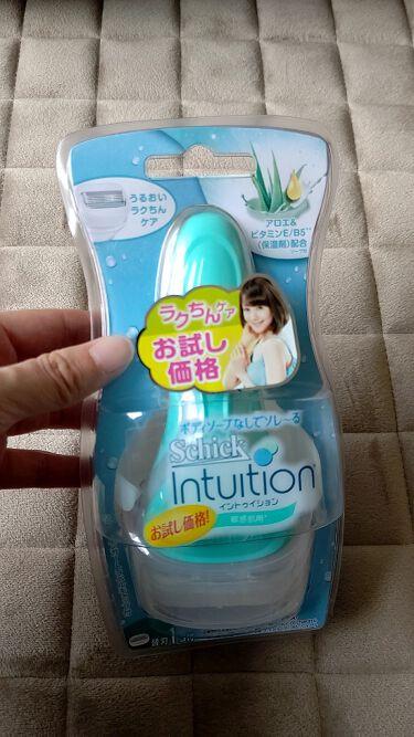 シック Schick イントゥイション ホルダー 敏感肌用 女性用 カミソリ (替刃2コ付)/シック/脱毛・除毛を使ったクチコミ(1枚目)