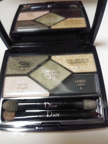 サンク クルール デザイナー/Dior/パウダーアイシャドウを使ったクチコミ(3枚目)