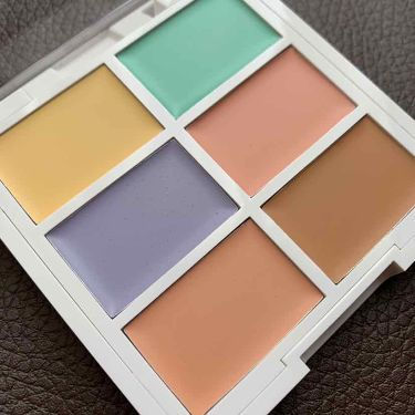 Color Correcting Palette/NYX Professional Makeup/コンシーラーを使ったクチコミ(2枚目)