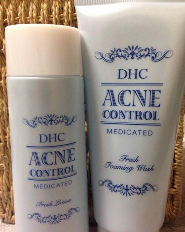 薬用アクネコントロール スポッツエッセンス/DHC/美容液を使ったクチコミ(3枚目)