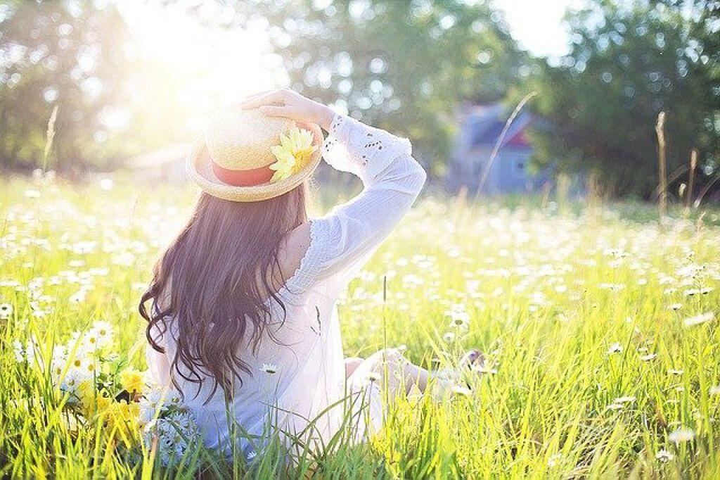 季節の変わり目におすすめのスキンケア15選|肌荒れが起こる原因と過ごし方のコツのサムネイル