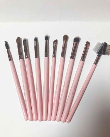 ロマンチックなピンク色 メイクブラシ 15本セット/SIXPLUS/メイクブラシを使ったクチコミ(3枚目)