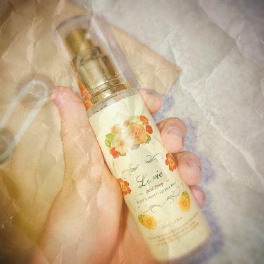 """【画像付きクチコミ】先輩からもらったお気に入り😍「柑橘系の爽やかさとすっきりとしたフローラルの香り」で、とてもいい匂いです!肌だけでなく、髪にも使えるので、ちょっとした時に使うのに便利です❤︎""""内容量は60mlで、たくさん入っているのでいっぱい使えます!..."""