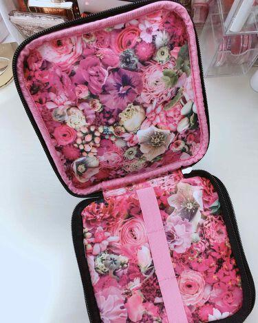 nicolaibergmann flower box pouch book/宝島社/化粧ポーチを使ったクチコミ(2枚目)
