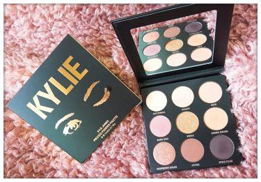 The Sorta Sweet Palette ┃  Kyshadow Kylie Cosmetics