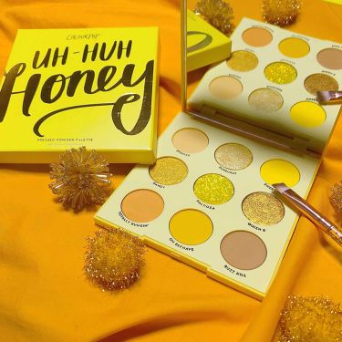 UH-HUH Honey/ColourPop/パウダーアイシャドウを使ったクチコミ(3枚目)