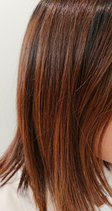 【画像付きクチコミ】うるおいを凝縮し、髪に素早く浸透するエッセンスミルクでまとまりが1日中持続します。ストレートコート成分配合でうねって広がる髪もサラサラストレートにしてくれる商品です✨ヒートプロテクト成分配合・UVカット成分も配合されているのはとても嬉...
