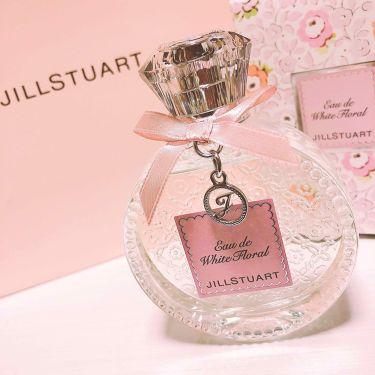 ももぴさんの「ジルスチュアートジルスチュアート リラックス オード ホワイトフローラル<香水(レディース)>」を含むクチコミ