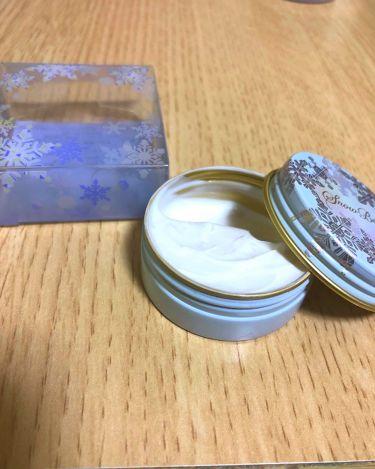 【画像付きクチコミ】これはスノービューティー2018のオマケについてきました。資生堂マキアージュスノービューティーホワイトニングハンドクリームです。テクスチャは柔らかめで、手に擦り込むとさっぱりと馴染みます。ベタつきません。香りがいいわ〜癒されるわ〜と、...