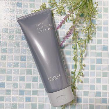 【画像付きクチコミ】美容脱毛サロンで有名なミュゼプラチナムから、ついに美肌除毛クリームが発売されたよ。天然由来成分が87%も配合されていて、除毛クリームとは思えない優しい使い心地。独自成分エピコントロールEX(保湿成分)やヒアルロン酸、コラーゲン、プラセ...