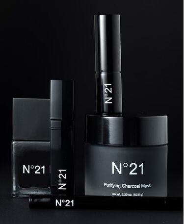 2020/11/4発売 N21 AYAKO X N21 BEAUTY「ブラック コレクション」