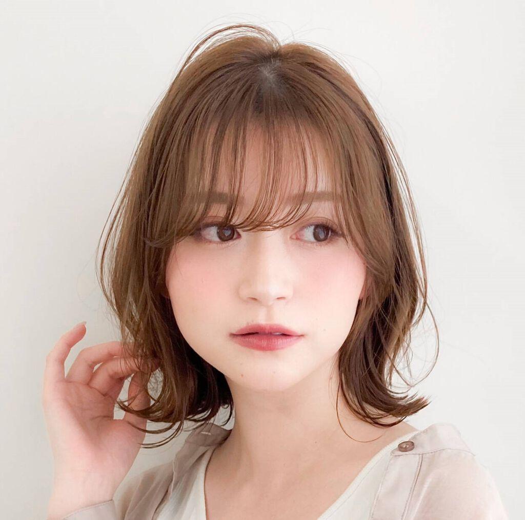 アラサーにおすすめの前髪12選《前髪あり・なし、面長・丸顔》伸びかけ前髪のアレンジ方法も必見のサムネイル