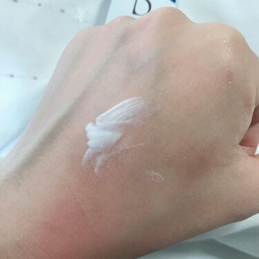 ブライトニングUVデイエッセンス [医薬部外品]/DEW/美容液を使ったクチコミ(5枚目)