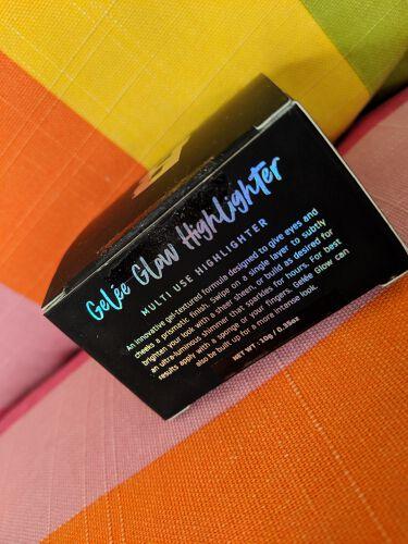 GELÉE GLOW MULTI USE HIGHLIGHTER/BEAUTY BAY/ハイライトを使ったクチコミ(2枚目)
