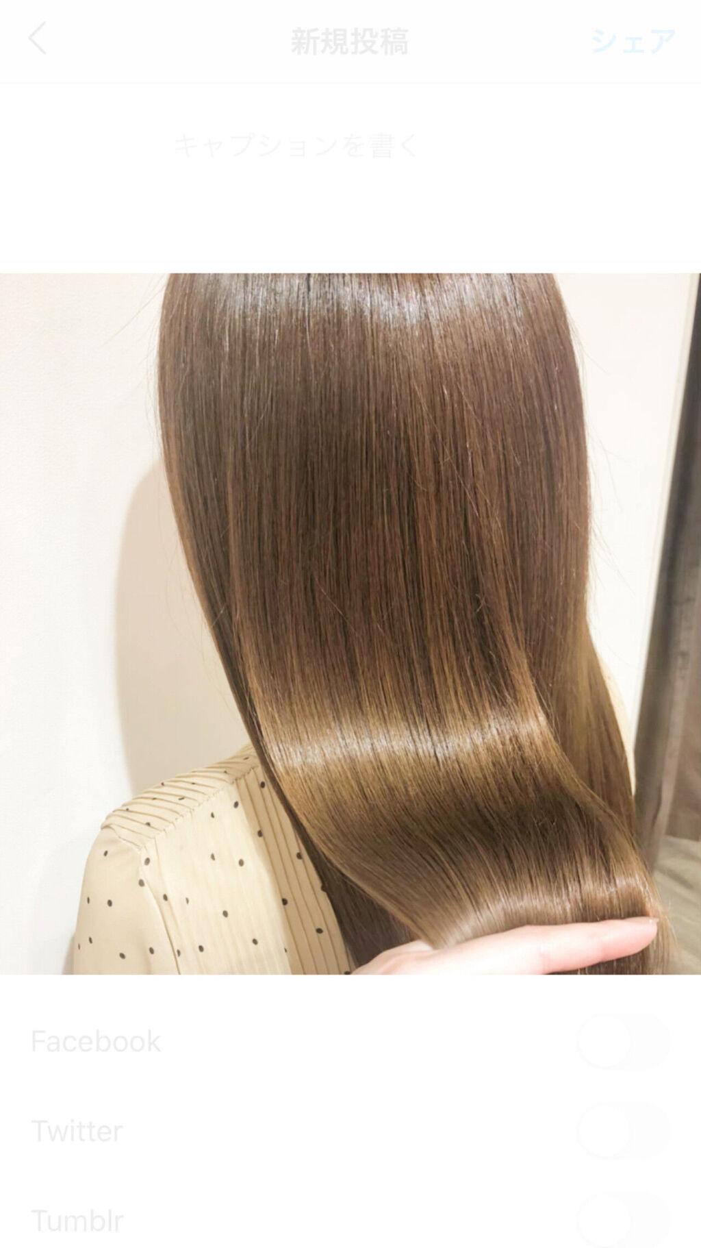 髪が広がる…乾燥毛の原因やおすすめケアをご紹介【シャンプー・トリートメントも】のサムネイル