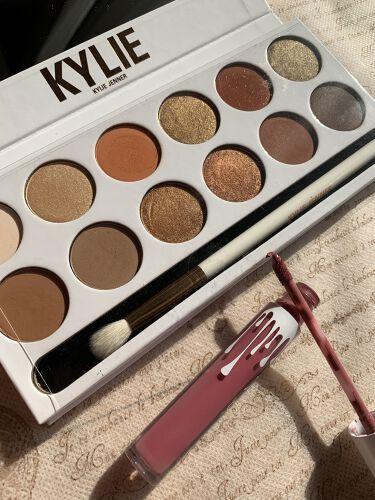 KYSHADOW/Kylie Cosmetics/パウダーアイシャドウを使ったクチコミ(3枚目)