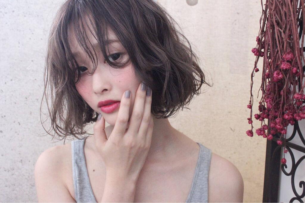 一重さん必見!【涙袋】をメイクで作る方法&おすすめコスメ紹介のサムネイル