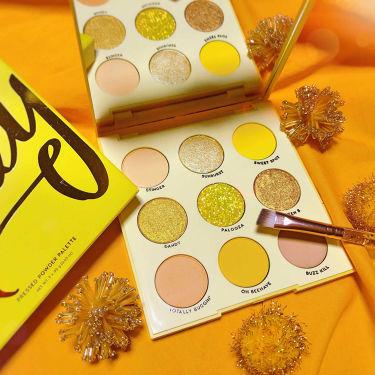 UH-HUH Honey/ColourPop/パウダーアイシャドウを使ったクチコミ(1枚目)