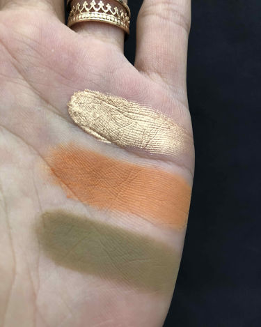 Androgyny Eyeshadow Palette/Jeffree Star Cosmetics/パウダーアイシャドウを使ったクチコミ(2枚目)