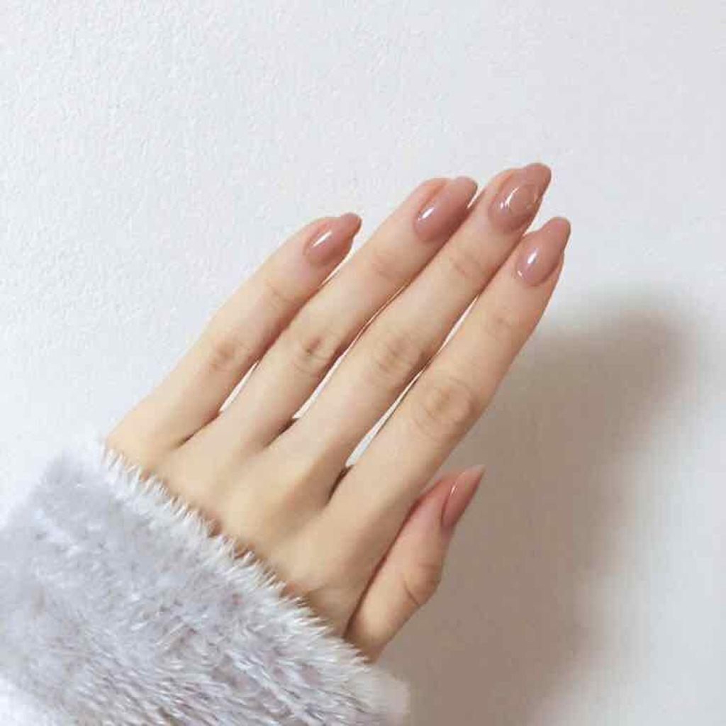 """モテる女性は手が綺麗ってウワサ。""""ハンド美容液""""で視線を一人占めするの"""