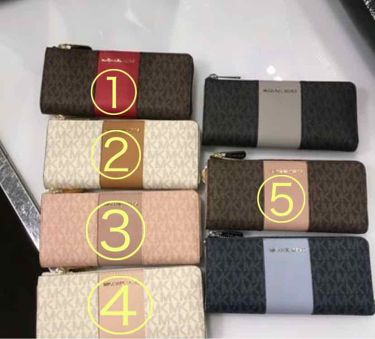 coral_perfume_1kr on LIPS 「MichaelKorsの財布を買おうと思ってます!①~⑤どれが..」(1枚目)
