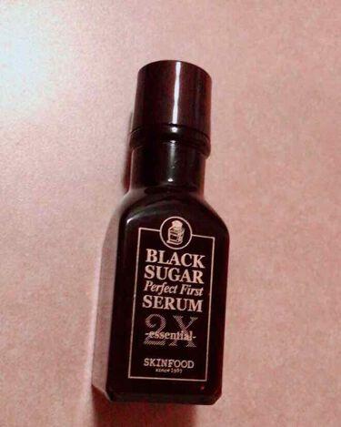 シオさんの「SKINFOOD(スキンフード)ブラックシュガー パーフェクトファーストセラム2X  エッセンシャル<美容液>」を含むクチコミ