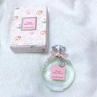 ありすさんの「ジルスチュアートリラックスオードホワイトフローラル<香水(レディース)>」を含むクチコミ