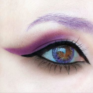 Violet Chocolate Palette/MAKEUP REVOLUTION/パウダーアイシャドウを使ったクチコミ(1枚目)