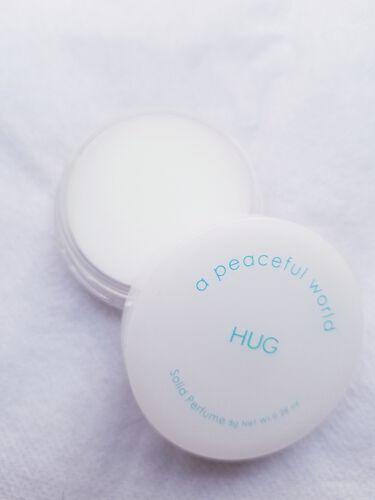 HUG ソリッドパフューム/a peaceful world/香水(レディース)を使ったクチコミ(3枚目)