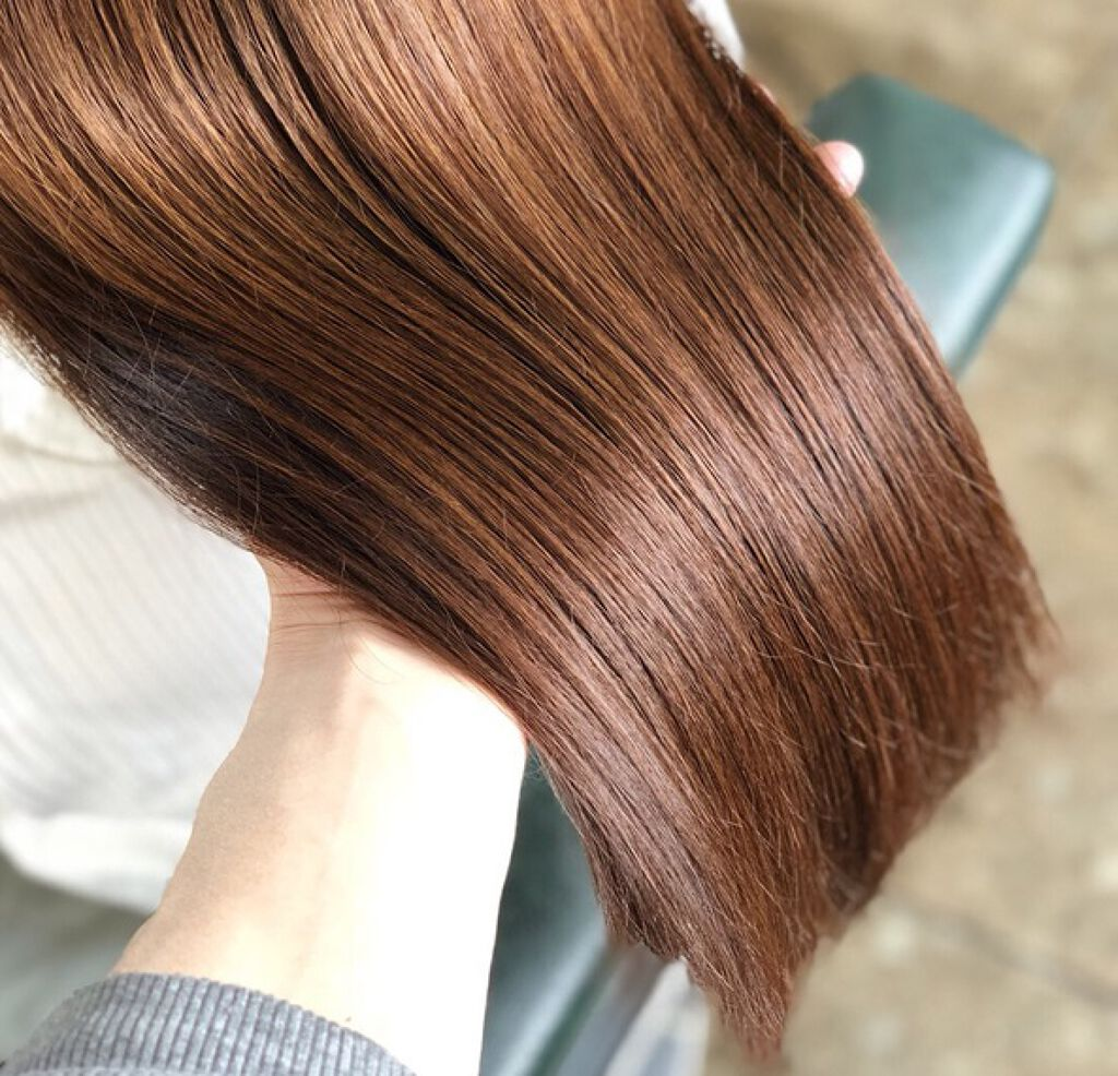 【保存版】髪の毛をつやつやにする方法!自宅で簡単にできるやり方やおすすめヘアオイルもご紹介のサムネイル