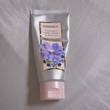 【画像付きクチコミ】マリアリゲルの香り🦋50gmemo.テクスチャーはこってり。伸びも良いし保湿もきちんとしてくれるのにベタベタしない。(すぐ携帯触れる)香りは強めで室内で付けると割と部屋中がマリアリゲルの香りで満たされる。持続もある方◯夏の香水は重たく...