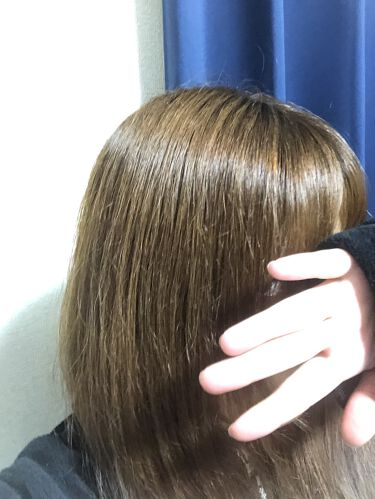 【画像付きクチコミ】初めての投稿⭐️1枚目のパサパサ髪から2枚目の艶のあるサラサラヘアーに変わった!(切れ毛の跳ねてるのは許して下さい<(__)>)私のサラサラヘアーの作り方を紹介させてください✨やり方としては簡単🎶〜お風呂でする事〜1、トリートメント用...