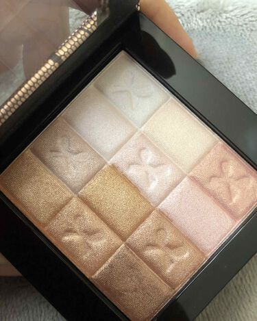 Shimmer Strips All-in-1 Custom Nude Palette for Face & Eyes/PHYSICIANS FORMULA/パウダーチークを使ったクチコミ(2枚目)